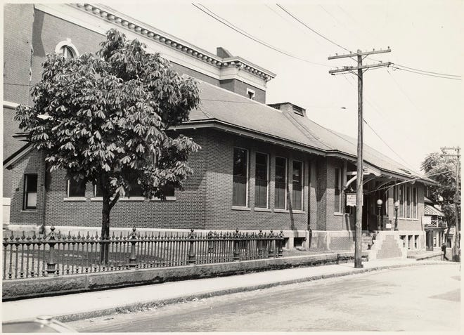 Here is the Jamaica Plain Branch Library as it was around 1940. Learn more from Digital Commonwealth at www.digitalcommonwealth.org.
