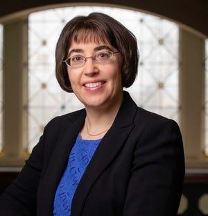 Leanne Knobloch - professor of communication.