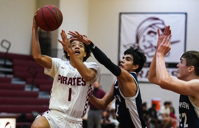 Braden River High's Karmani Gregory averaged 19.3 points, 3.8 rebounds, 2.6 assist and 1.1 steals per game during the 2020-21 boys basketball season.