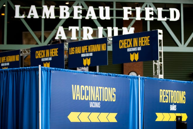 Lambeau Field vaccination clinic at Lambeau Field Atrium, Thursday, March 25, 2021, Green Bay, Wis. Samantha Madar/USA TODAY NETWORK-Wisconsin