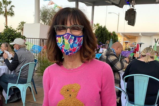 After battling breast cancer, Elyssa Weintraub decided she wanted to help others with cancer.
