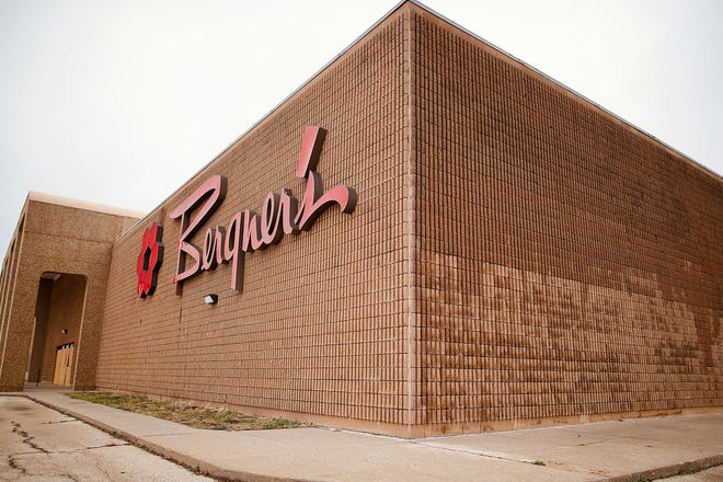 The former Bergner's location sits empty at the Sandburg Mall.