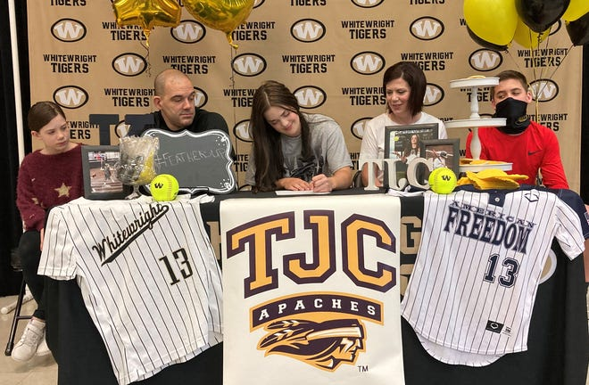 Whitewright senior Kyleigh Clements signs to play softball for Tyler Junior College.