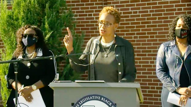 State Rep. Camille Lilly discusses health disparities at an event in October. She was the House sponsor of a health care reform bill backed by the Illinois Legislative Black Caucus. Also pictured at left is Mattie Hunter, D-Chicago, the bill's Senate sponsor, and Kimberly Lightford, D-Maywood, the Senate Majority Leader.
