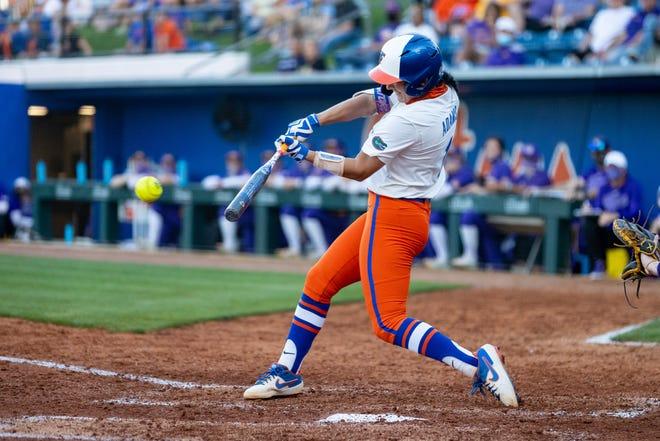 Florida infielder Hannah Adams belts a two-run single Friday against LSU at Katie Seashole Pressly Stadium.