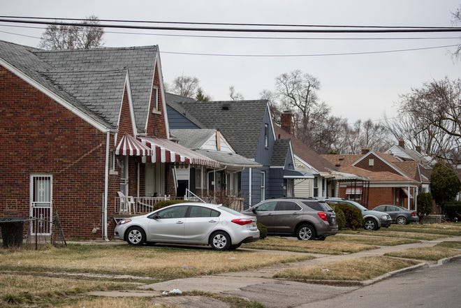 A Detroit neighborhood near Sawyer Street and Greenview Avenue has been hard hit by foreclosures in recent years.