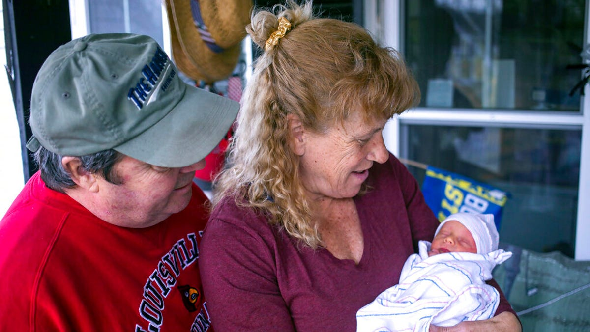 Woman who lost child to brain tumor gives birth at age 57 1