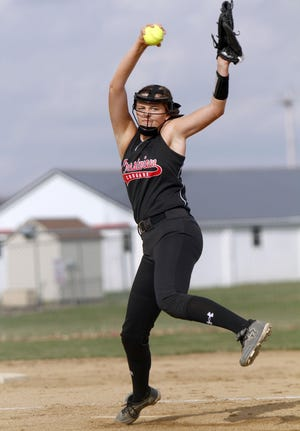 Crestview's Kylie Ringler delivers a pitch during a high school softball game in 2019.