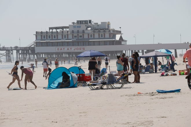 With temperatures in the 80s and no rain in sight, beachgoers had a great day to enjoy the sand and surf in Daytona Beach on Saturday.