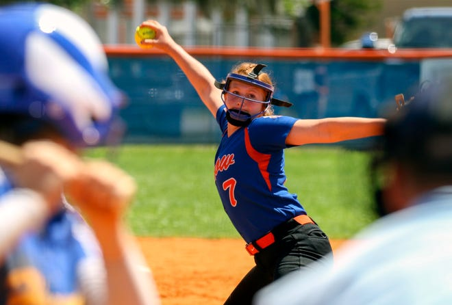 Bartow pitcher Red Oxley pitches against Bartow in the seventh inning in the championship game of the 12th Annual Bartow Tournament of Champions.