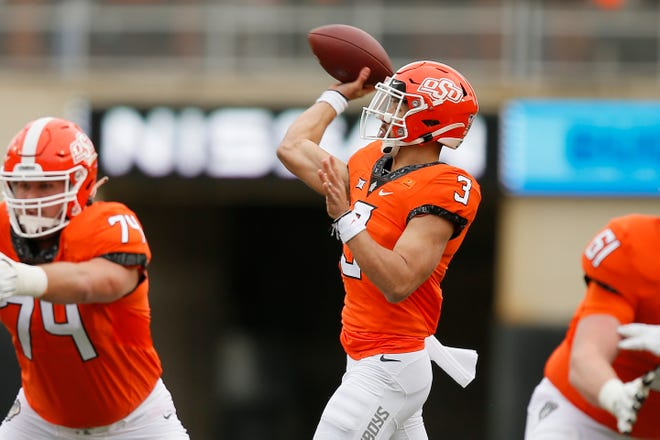 Oklahoma State Cowboys quarterback Spencer Sanders (3) passed for 2,007 yards with 14 touchdowns and eight interceptions last season. [Bryan Terry/The Oklahoman]