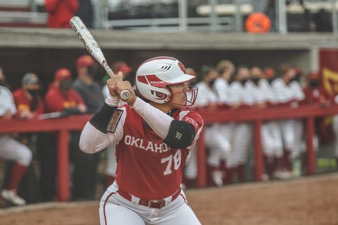 Oklahoma senior Jocelyn Alo leads the nation with 21 home runs this season.