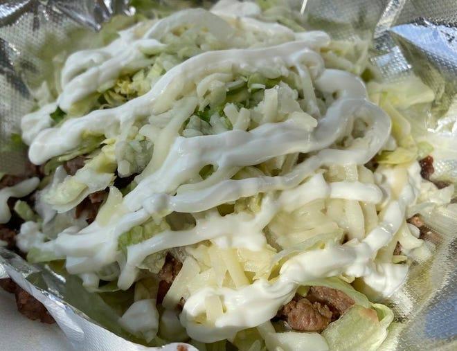 Tacveria La Bendison en Lincoln Way E en Perry Township se especializa en auténtica cocina mexicana, incluido el jabón para camiones de comida.