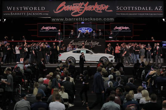 The Fighter Jet Gray limited edition model has a 6-speed manual transmission and a 5.08 480hp V8 engine.  It was one of two vehicles Ford donated to Barrett-Jackson for auction in March 2021 to donate to charity.