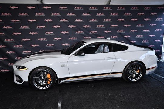 The 2021 Ford Mustang Mach 1 VIN 001 sold for $ 500,000 at a Barrett-Jackson auction on Friday 26.  March 2021, and the money went to the Juvenile Diabetes Research Foundation.