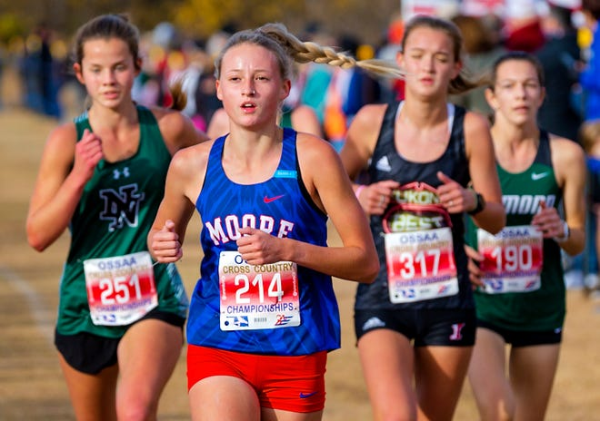Moore's Kaitlyn Byrd runs during the Class 6A state cross country meet on Nov. 4, 2020.