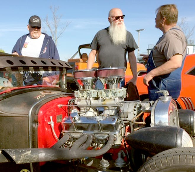 """""""Dust-Off"""" car show in Mendon is off for the second straight year."""