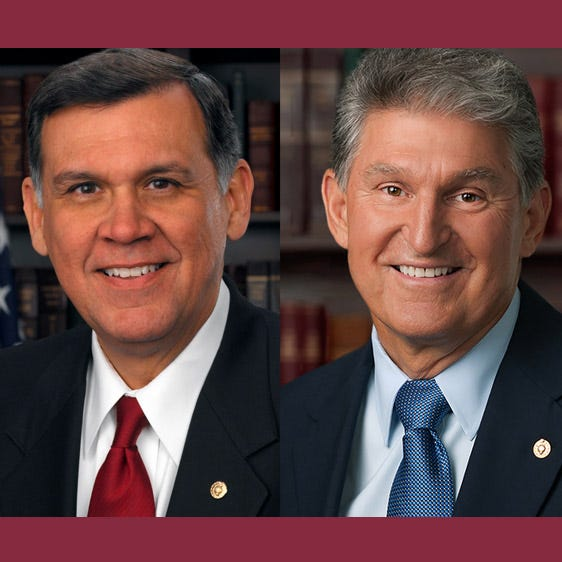 On March 1, the Florida State University Institute of Politics continued their speaker series with an event that featured former Senator Mel Martinez (left, R-FL) and Senator Joe Manchin (right, D-WV).
