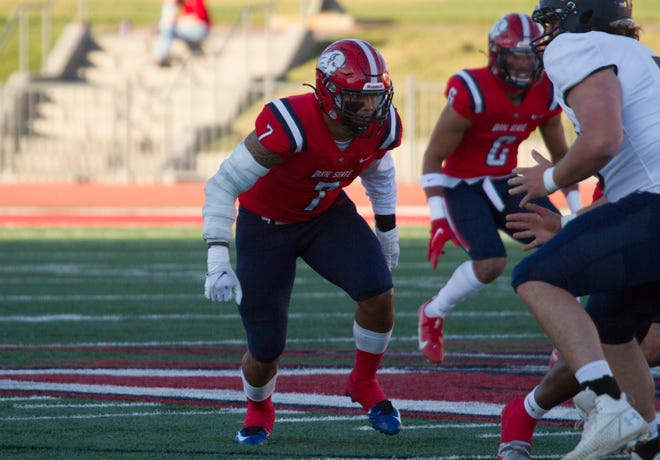 Dixie State linebacker Malaki Malaki (7) tracks a play during DSU's win over the Fort Lewis Skyhawks 60-0 on March 27.