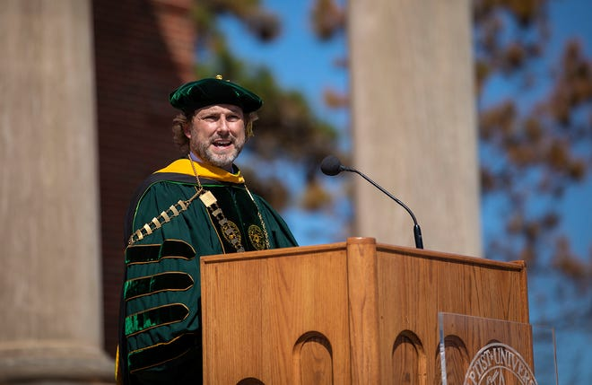 OBU inaugurated Dr. Heath A. Thomas as the University's 16th president during an outdoor ceremony March 26.
