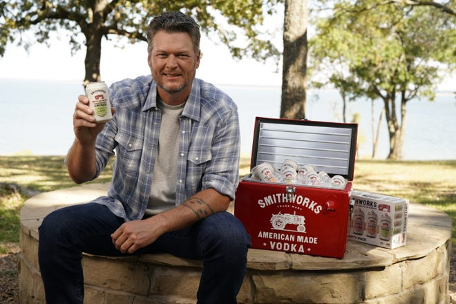 Blake Shelton is launching Smithworks Hard Seltzer Lemonade in partnership with Smithworks.