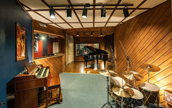 Representatives with Split Window Studios plan to reinvest in a downtown Denison music recording studio.