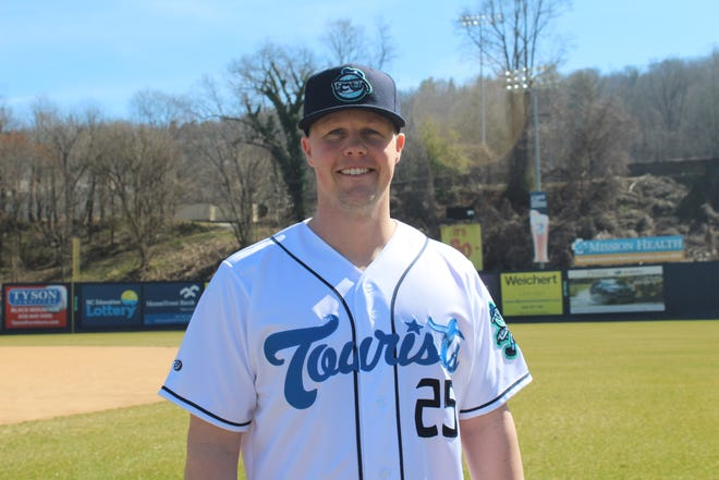 The Houston Astros Player Development Department named Nate Shaver as the new Asheville Tourists manager on Monday.
