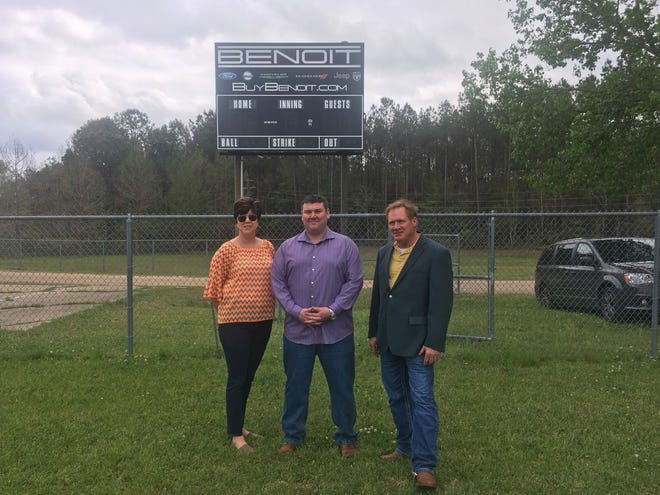 Pictured are Patti Larney, City of Leesville Administrator, Jason Benoit, owner of Benoit Motors, and Grant Bush, City of Leesville Director of Planning.