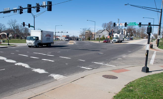 A roundabout will be created atthe intersection of South Willow Street, East Main Street and Haymaker Parkway as part of the East Main improvement project in Kent.
