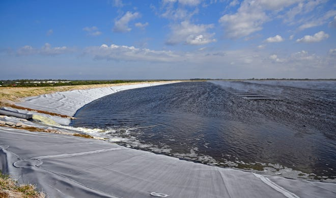 Millions of gallons of industrial wastewater from the former Piney Point fertilizer processing plant in north Palmetto is being released into Tampa Bay in response to the facility's second leak in a decade.