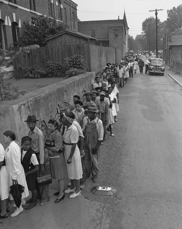 Georgia voters in line