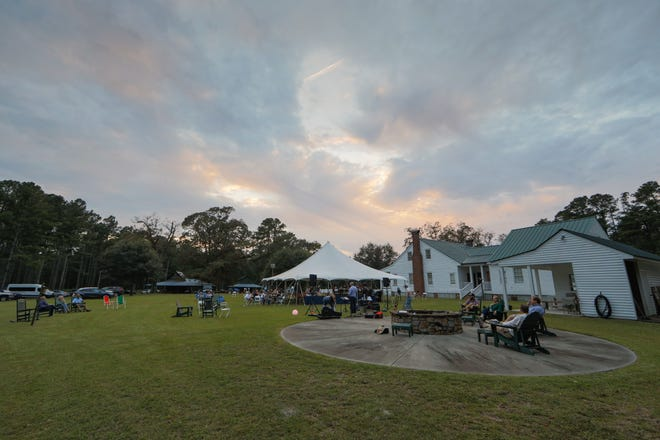 Bobby Harrelsons Genteel in Atkinson was the site for the Harrelson Center 7th annual Day In The Country.
