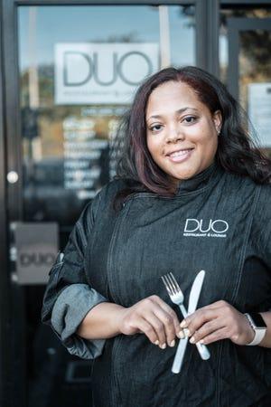 Ο σεφ Antoinette Perry του DUO Restaurant and Lounge στο Southfield, που αποτελεί μέρος της εβδομάδας του Black Detroit του Detroit, η οποία θα ξεκινήσει στις 9 Απριλίου.