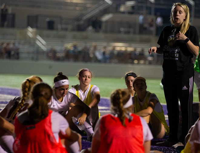 Dripping Springs Tigers head coach Bailee Perrine guided her team to a 6-0 win over San Antonio Harlandale and into a third-round matchup with Liberty Hill.