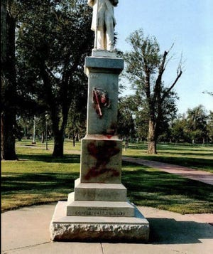 The Confederate Solider statue after it was vandalized in Ellwood Park in 2017
