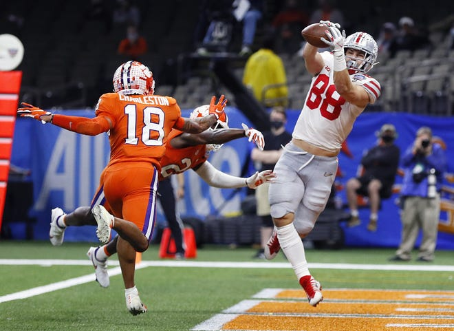 Ohio State tight end Jeremy Ruckert makes a touchdown catch against Clemson in a College Football Playoff semifinal on Jan. 1. Last season, Ruckert had 13 receptions for 151 yards and five touchdowns in eight games.
