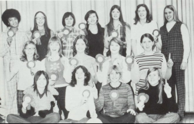 Pictures of the Past is from the 1973 Lincoln Community High School yearbook. Seen are members of the 1973 Volleyball team. Sitting are: Barb Avisa, Laura Logan, Lynette Behrends and Kathy Klink. Kneeling: Debbie Heibreder, Shawn McCullough, Martha Doolen, Cindy Madigan and Mary Mitchell. Standing are: Nina Cook, Teresa Aper, Joni Comstock, Diane York, Jan Smock, Cyndi Slayton and Coach Veile.