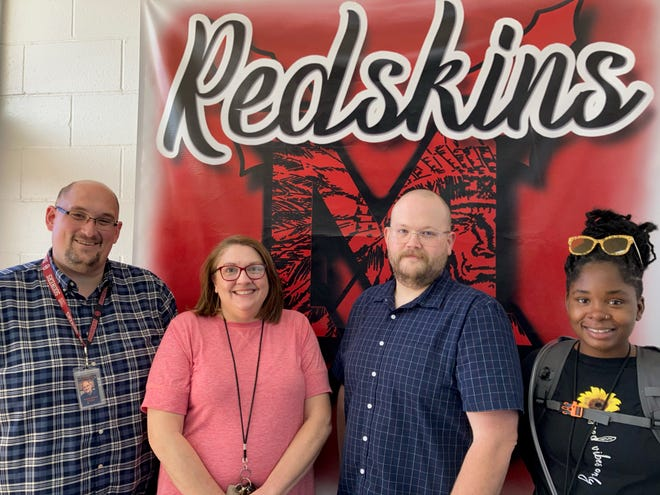 McLoud Elementary Teacher Grant Winners 2021-L to R:  Andrew Winters, Principal , Amy Meese, Zachary Phipps, Edna Boggs