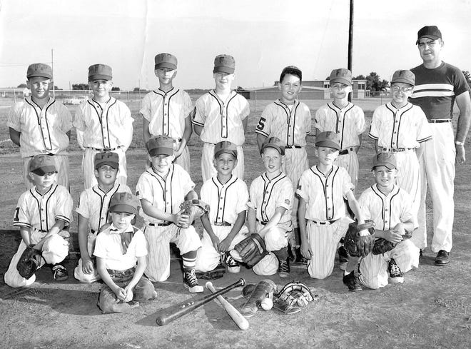 Foodtown Pepsi 1959 - Brother Mark is batboy, Dad is coach, Gary standing 2nd from right on back row.