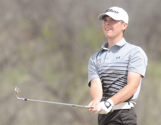 Abilene High senior Jacob Wright watches his approach shot at No. 6. Wright shot 73 on Tuesday, March 30, 2021 to win the District 2-6A tournament by a stroke with a two-day total 143.