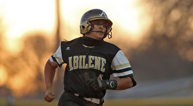 Abilene High's Bre Barajas rounds the bases after belting a home run to tie the game at 1 in the fourth inning Tuesday in San Angelo.