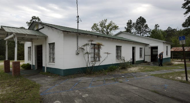 Pigeon Creek Primitive Baptist Church in rural Boulogne, Florida, just south of the St. Marys River and the Florida/Georgia line, is celebrating its 200th anniversary as a congregation.