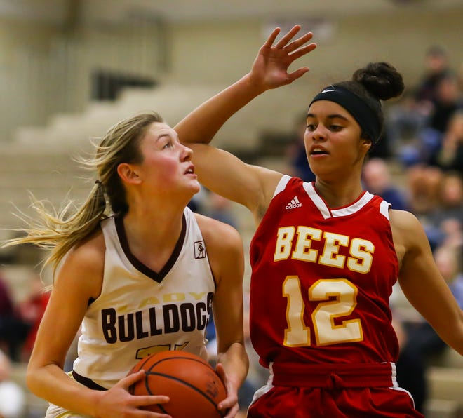 Stow-Munroe Falls senior Lilee Carlson was named special mention All-Ohio Tuesday.