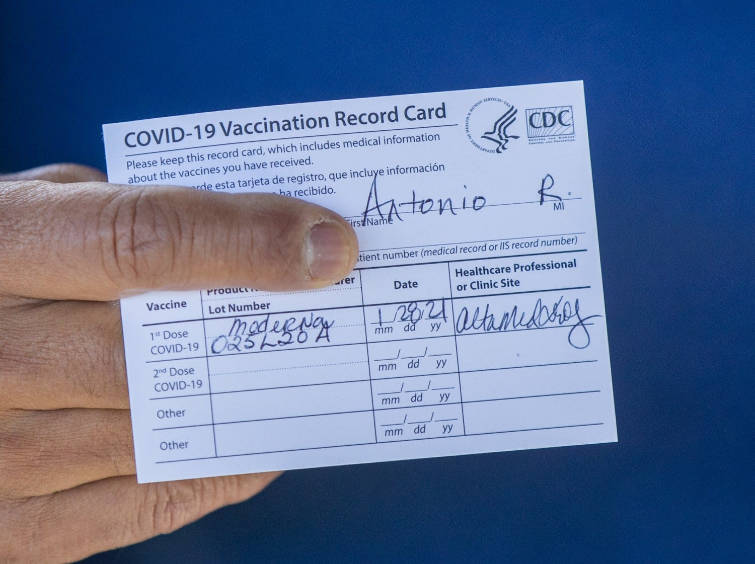 Vaccine passports: How to prove you've gotten your COVID-19 shots for travel and avoid scams