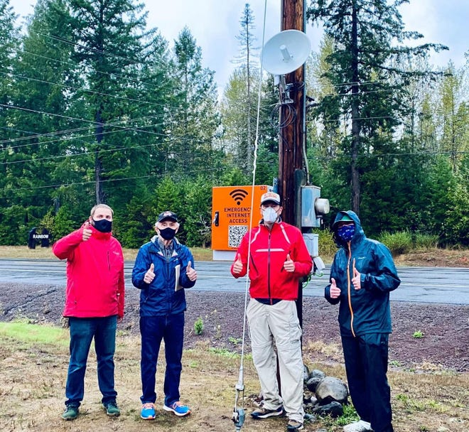 Onward Eugene members work to restore Wi-Fi in the Holiday Farm Fire area. The group received a $300,000 grant to improve wireless connections for residents and the McKenzie School District.