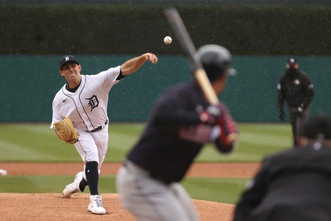 Pitcher Tiger, Matthew Boyd, melakukan lemparan inning pertama.
