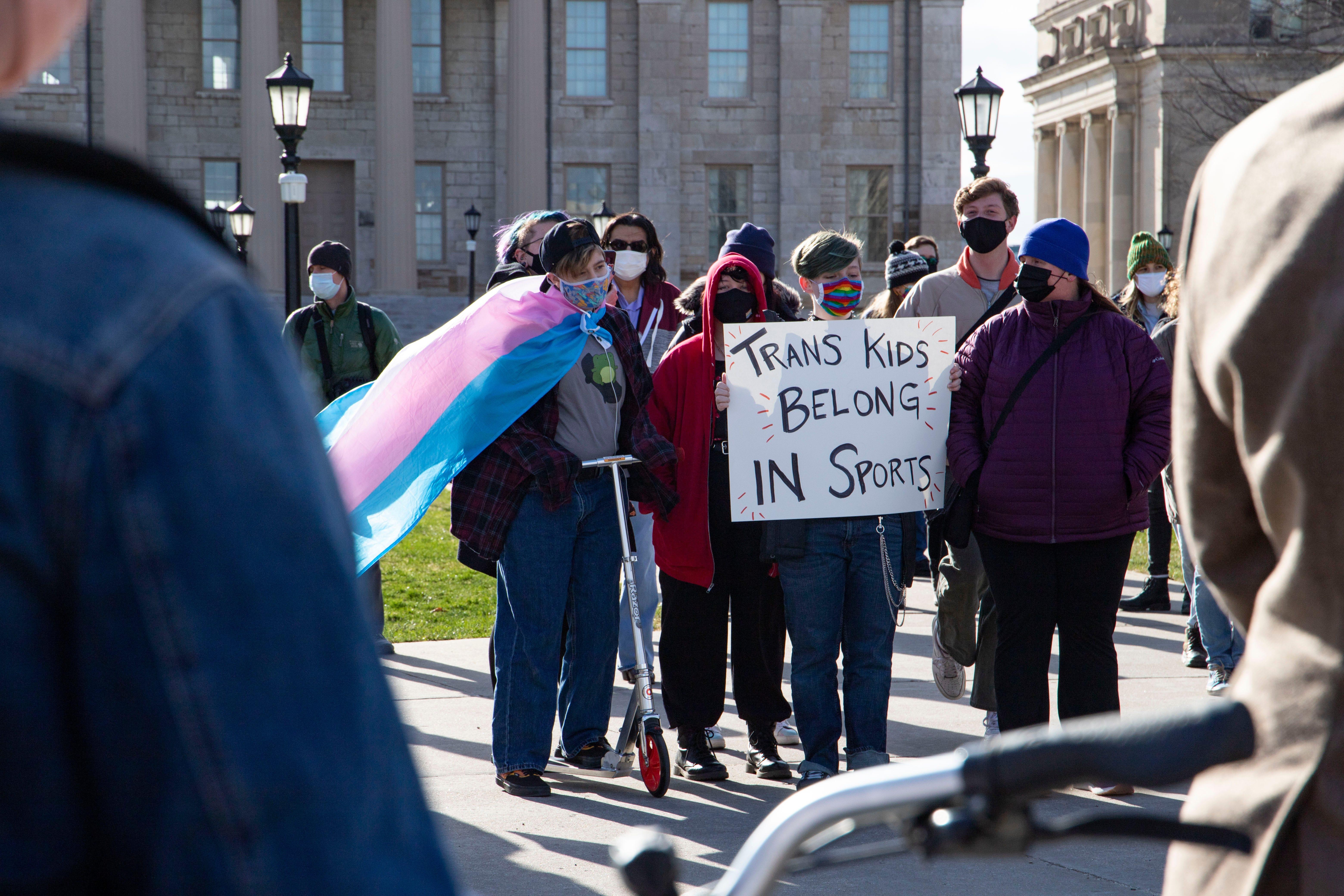Florida Legislature passes bill banning transgender women and girls from female sports teams 2