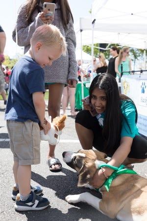 Hundreds of dog owners and their pets are looking forward to EastChase's Puppy Palooza to be held from 11 a.m. to 2 p.m. on April 10. The event benefits the Montgomery Humane Society.