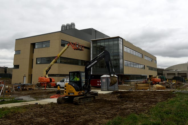 Construction continues on the new  STEM building on the shared campus of The Ohio State University at Newark and Central Ohio Technical College (COTC).