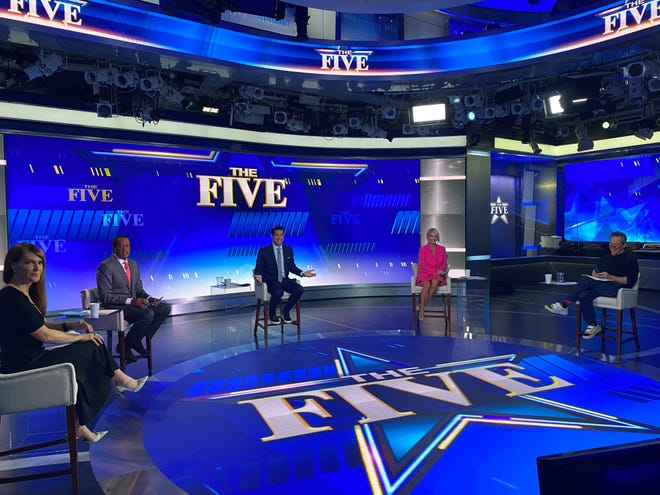 """Juan Williams, second from left, joined fellow """"The Five"""" panelists Dagen McDowell, left, Jesse Watters, Dana Perino and Greg Gutfeld for a 2020 episode of the Fox News weekday talk show.."""